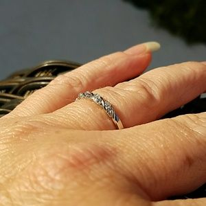 Jewelry - DAINTY SILVER & WHITE SAPPHIRE RING